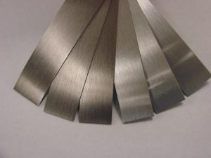 Metallic edgebanding