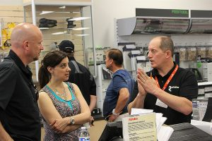 Richelieu Hardware celebrates new location