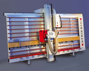 Compact vertical panel saw